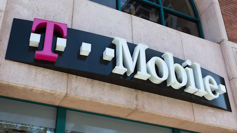 T-Mobile expands 4G LTE coverage to Naval Station Guantanamo Bay
