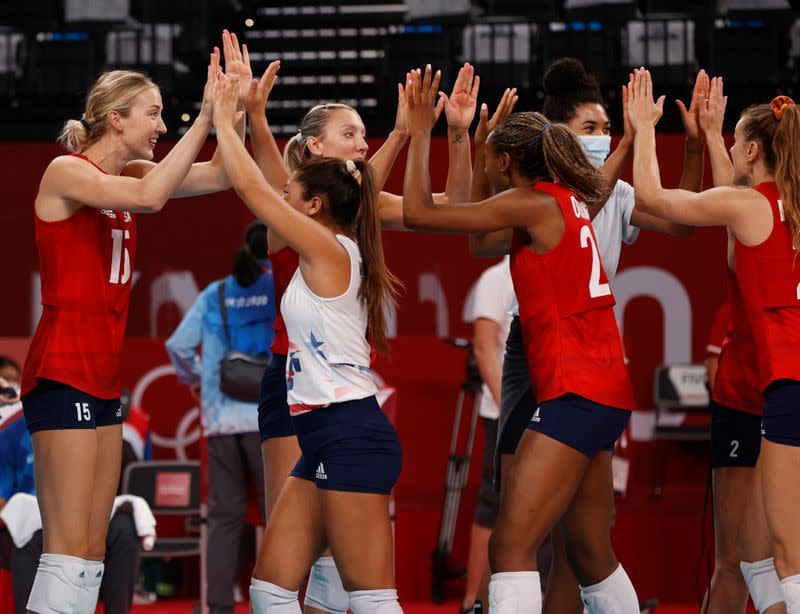 Volleyball - Women's Pool B - United States v Italy