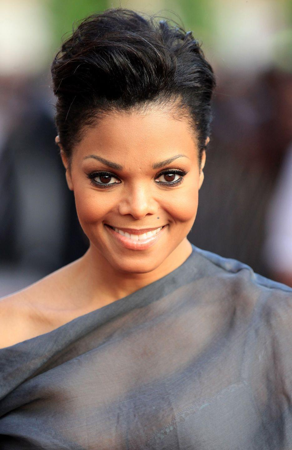 <p>Feeling bold? Try out a short cut that looks great with a touch of volume on top and a pretty side part, as seen on singer<strong> Janet Jackson</strong>. </p>