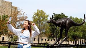 In April, UMKC unveiled a new bronze kangaroo sculpture on its campus. The statue will be a rallying point for students, alumni, faculty and staff and a new #RooTradition for years to come.