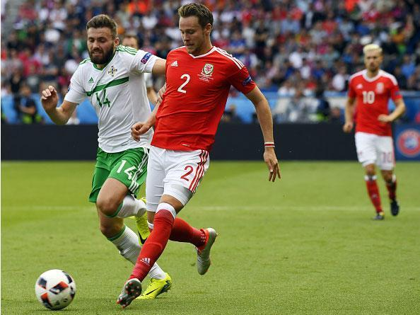 Chris Gunter aiming to end Wales drought as Reading defender edges closer to century of caps