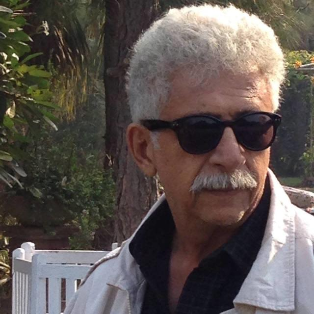 <p>Two times winner of National Award and recipient of Padma Bhushan and Padma Shri, Naseeruddin Shah is an actor f peerless merit. An alumni of the National School of Drama, he is closely associated with the Film and Television Institute of India, and shares pearls of wisdom with students through his lectures. He has also presided over Asian Academy of Film and Television workshops and shared his valued tips with young aspirants. </p>