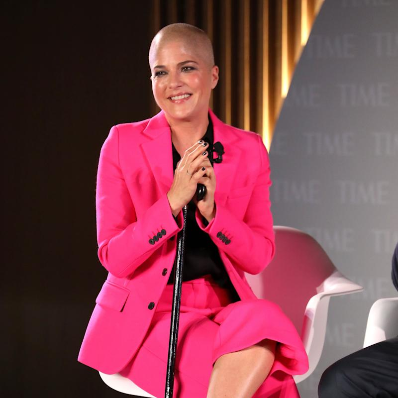 """Selma Blair Gets Real About Chemo Side Effects, and Goes Into Hair Dye """"Retirement"""""""