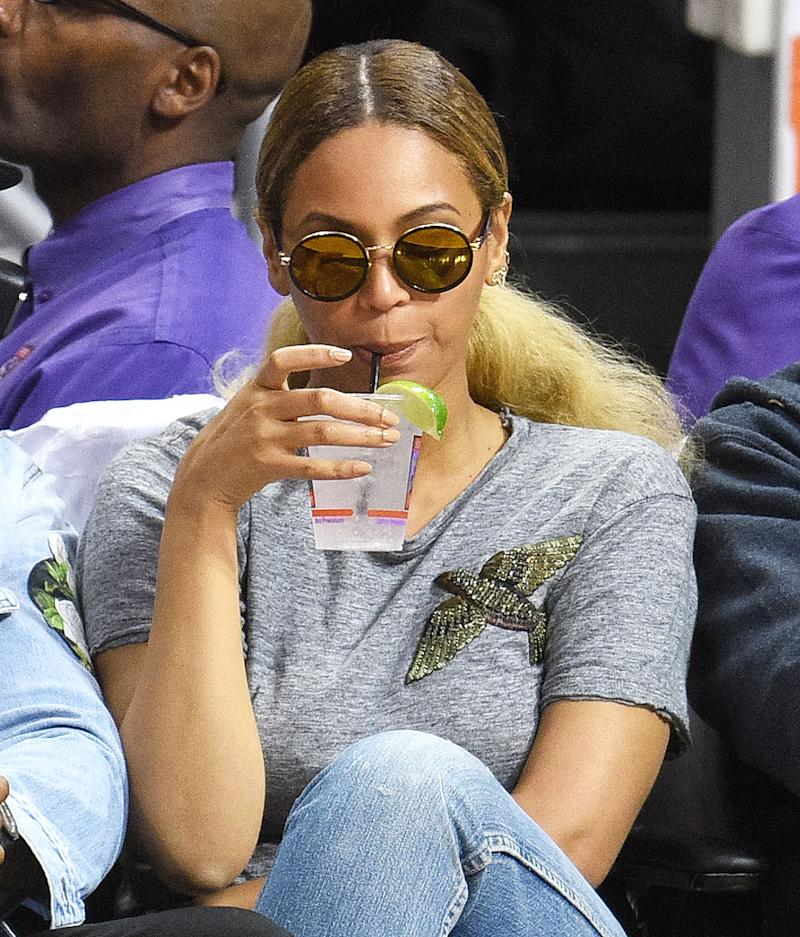 Beyonce Wears a $795 T-Shirt to Basketball Game: All the Details on Her Courtside Style