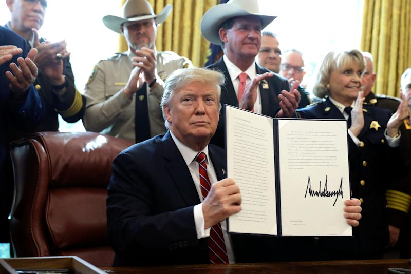 Trump issues first veto to protect border emergency declaration