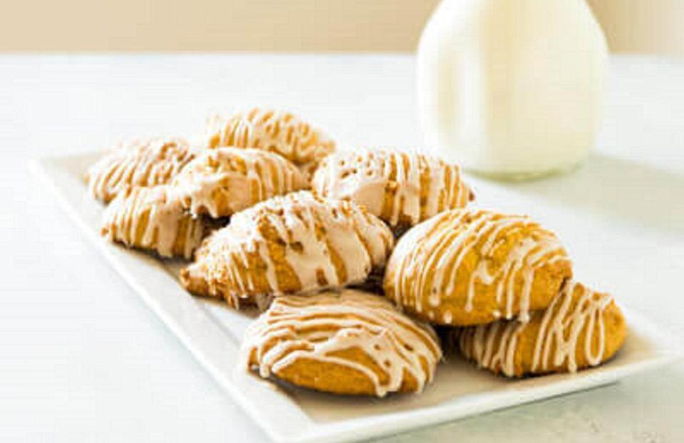 "<p>Connecticut is known as the Nutmeg State, so it's fitting that nutmeg cookies are Connecticut's iconic dessert. Reportedly, the state's early inhabitants were known to make and sell wooden nutmegs, hence the name. And while baking nutmeg into cookies isn't <a href=""https://www.thedailymeal.com/cook/bake-cookies-unexpected-ingredients?referrer=yahoo&category=beauty_food&include_utm=1&utm_medium=referral&utm_source=yahoo&utm_campaign=feed"" rel=""nofollow noopener"" target=""_blank"" data-ylk=""slk:the most unexpected ingredient"" class=""link rapid-noclick-resp"">the <em>most </em>unexpected ingredient</a> you could use, it is transformative. This recipe for old-fashioned pumpkin cookies wouldn't be complete without the state's beloved ingredient.</p> <p><a href=""https://www.thedailymeal.com/best-recipes/soft-pumpkin-cookies?referrer=yahoo&category=beauty_food&include_utm=1&utm_medium=referral&utm_source=yahoo&utm_campaign=feed"" rel=""nofollow noopener"" target=""_blank"" data-ylk=""slk:For the Old-Fashioned Pumpkin Cookies recipe, click here"" class=""link rapid-noclick-resp"">For the Old-Fashioned Pumpkin Cookies recipe, click here</a>.</p>"