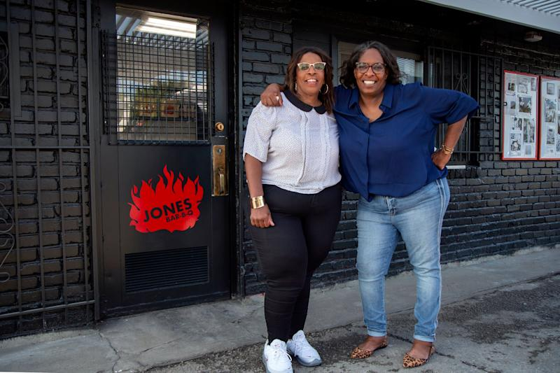 "Deborah ""Little"" (left) and Mary ""Shorty"" Jones gained widespread popularity after being featured on Season 3 of ""Queer Eye."" (Photo: Christopher Smith/Netflix)"