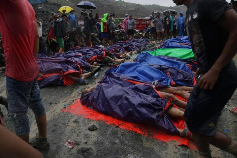 """For many of the """"unwashed"""" jade miners, their dreams end in death (AFP Photo/Zaw Moe Htet)"""