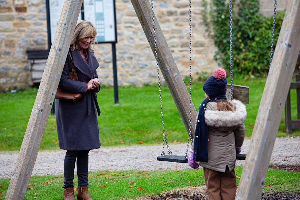 <p>She promises her granddaughter that she has a special Christmas plan in store for her, but Andrea is not impressed by this.</p>