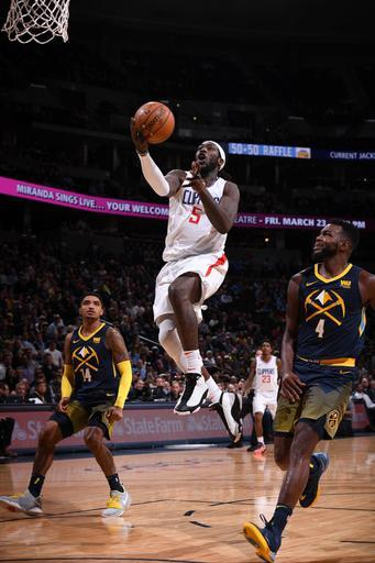 Williams helps Clippers rally from 19 down to beat Nuggets
