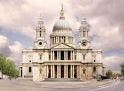 <p>St. Paul's Cathedral in London has been crowned the world's most beautiful building, with its baroque stylings being voted as the best. As well as having a beautiful facade, it has provided a place of worship for more than 1,400 years, making it incredibly special. <br></p>