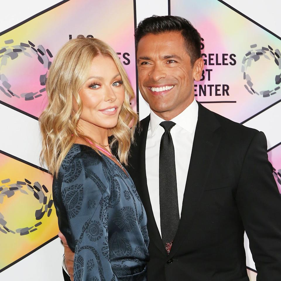"Someone Told Kelly Ripa She's ""Too Old"" For Mark Consuelos"