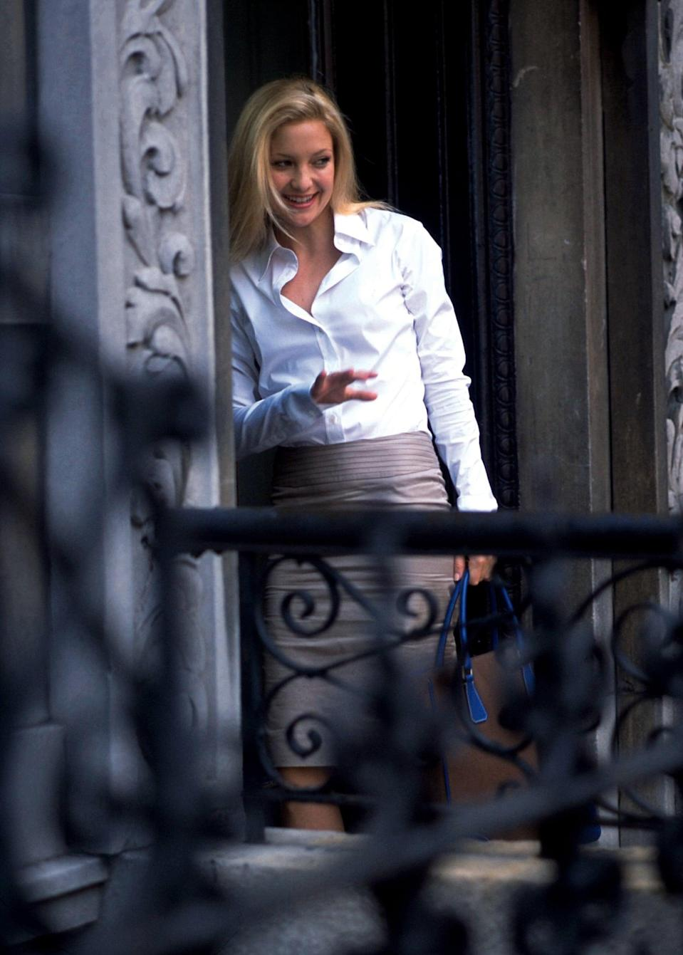 <p>How chic is Andie's office attire too? I love a crisp white button-down paired with a pencil skirt.</p>
