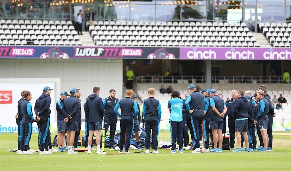 England's players shared a moment's silence in honour of Dexter prior to the second day at Headingley (Nigel French/PA) (PA Wire)