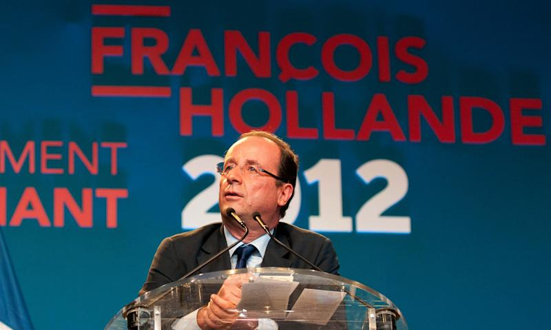 Socialist presidential candidate Francois Hollande delivers his speech during a meeting in Saint-Denis de la Reunion, La Reunion island, Saturday, March, 31, 2012. Hollande is on a two-day campaign visit to the French island in the Indian Ocean. (AP Photo/Fabrice Wislez)