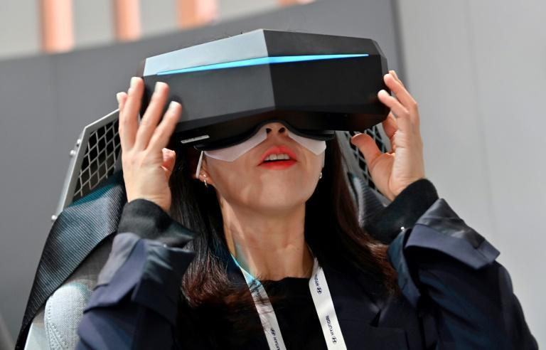 Existing virtual reality headsets remain bulky