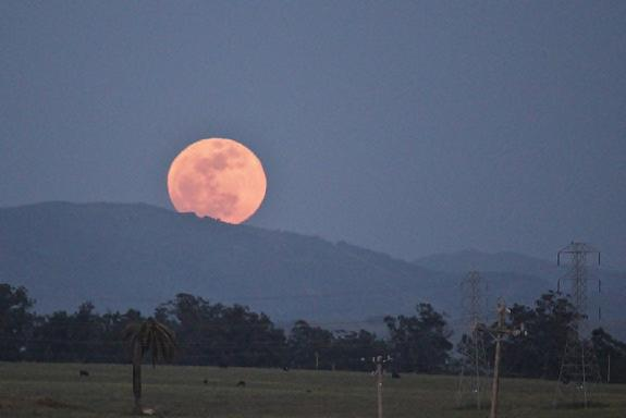 Don't Fear the Supermoon, NASA Says