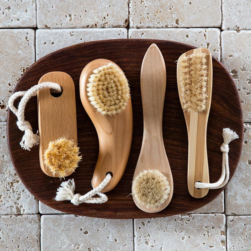 Does Dry Brushing Your Face Actually Have Any Benefits?