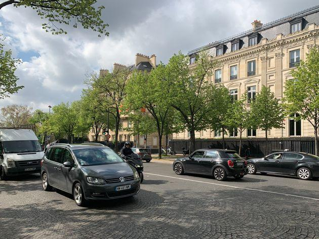 Paris, France - April 5, 2019 - People going about their business in this street scene in Paris close to UNESCO headquarters. (Photo: Sergio Mendoza Hochmann via Getty Images)