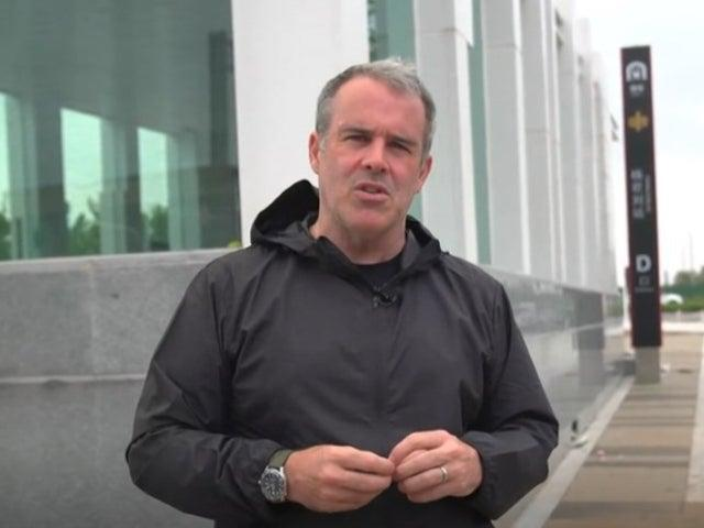 The BBC's China correspondent Robin Brant was the intended target of a mob of angry  Zhengzhou residents (BBC)