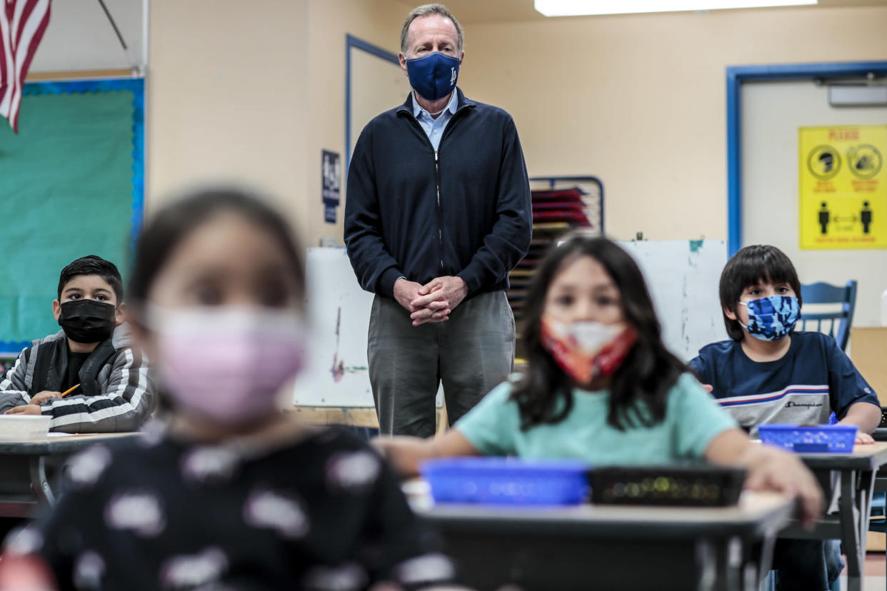 LAUSD Superintendent Austin Buetner visits a class of kindergarten students as they experience in-class learning for the first time in more than a year at Maurice Sendak Elementary.  (Robert Gauthier/Los Angeles Times via Getty Images)