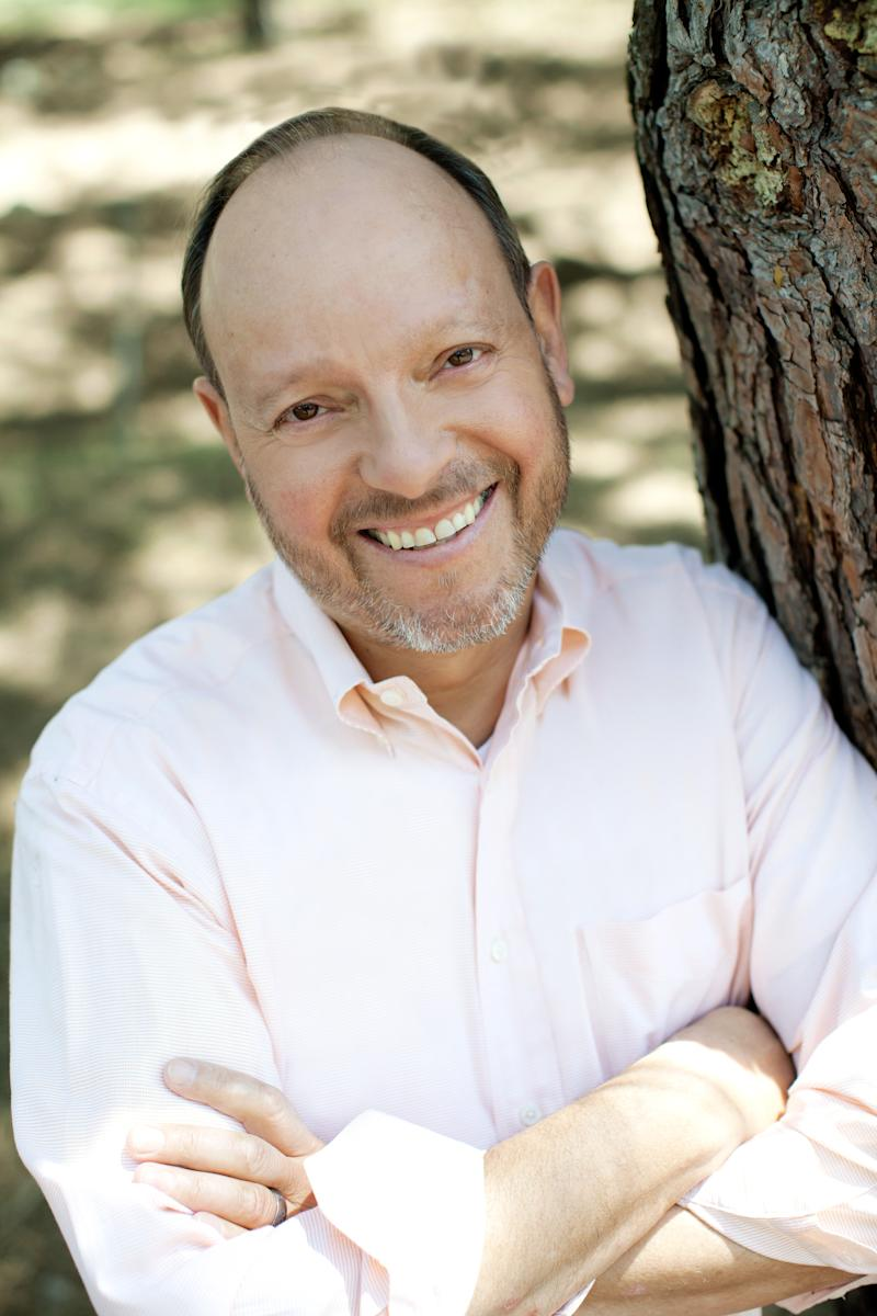 Bob Gold Named 2019 Communications Professional of the Year by Public Relations Society of America