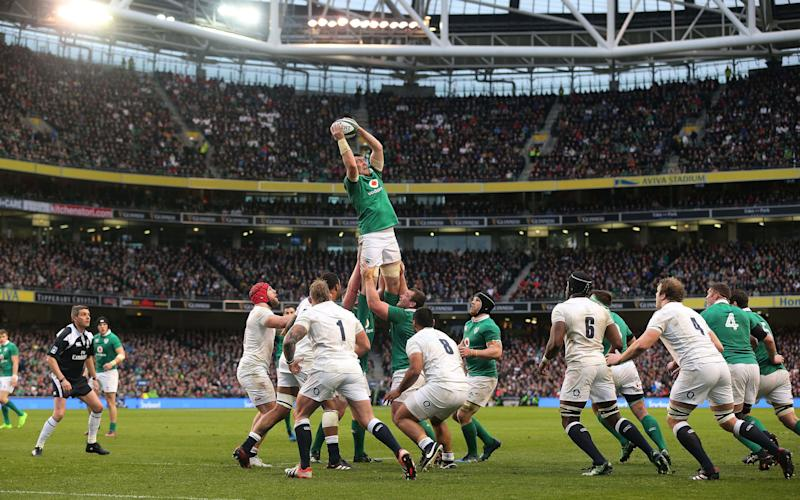 Ireland's Peter O'Mahony gathers in the line out