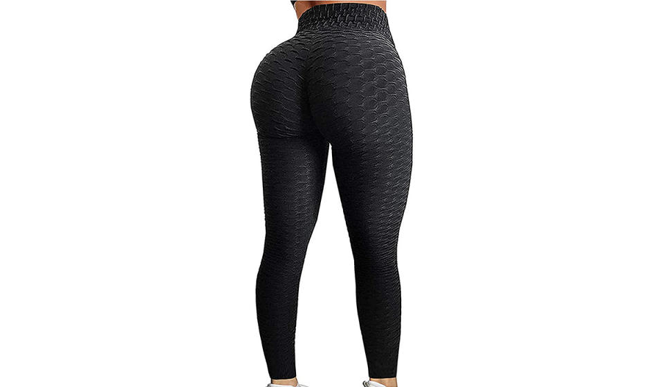 Sometimes you want to put your best foot forward; other times you just want to back it up. Somehow these leggings let you do both. (Photo: Amazon)