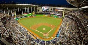 Miami Marlins Cover All of the Bases (and Seats) at 37,000-Seat Baseball Venue With WLAN Based on Meru MobileFLEX Architecture