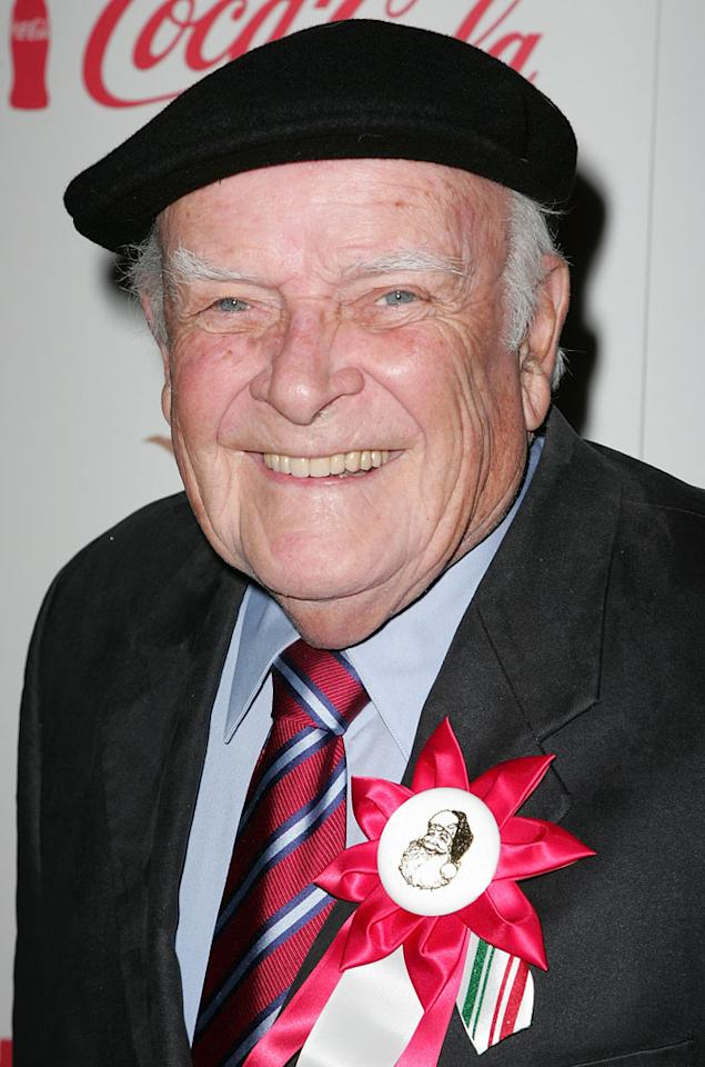 "<a>John Ingle</a>, who played patriarch Edward Quartermaine on ABC's ""General Hospital"" for nearly twenty years, passed away September 16 at the age of 84. In addition to his long-running daytime role, which he took over in 1993 and played until a week before his death, Ingle had recurring roles on ""Big Love"" and ""The Drew Carey Show."""