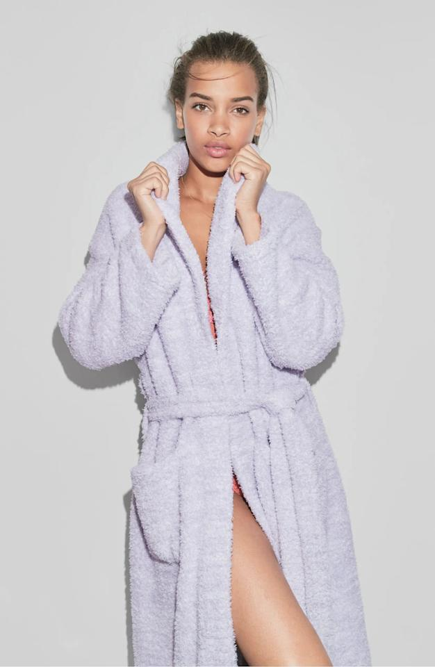 "<p>This <product href=""https://www.nordstrom.com/s/barefoot-dreams-cozychic-unisex-robe-nordstrom-online-exclusive/2833517?origin=category-personalizedsort&amp;breadcrumb=Home%2FHome%20%26%20Gifts%2FGifts%2FGifts%20for%20Her&amp;color=heathered%20dusk%2F%20white"" target=""_blank"" class=""ga-track"" data-ga-category=""internal click"" data-ga-label=""https://www.nordstrom.com/s/barefoot-dreams-cozychic-unisex-robe-nordstrom-online-exclusive/2833517?origin=category-personalizedsort&amp;breadcrumb=Home%2FHome%20%26%20Gifts%2FGifts%2FGifts%20for%20Her&amp;color=heathered%20dusk%2F%20white"" data-ga-action=""body text link"">Barefoot Dreams CozyChic Unisex Robe</product> ($99) always sells out, because customers love its insanely soft feel.</p>"