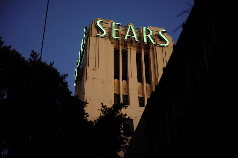 Sears chairman makes last-minute bid to save 126-year-old company