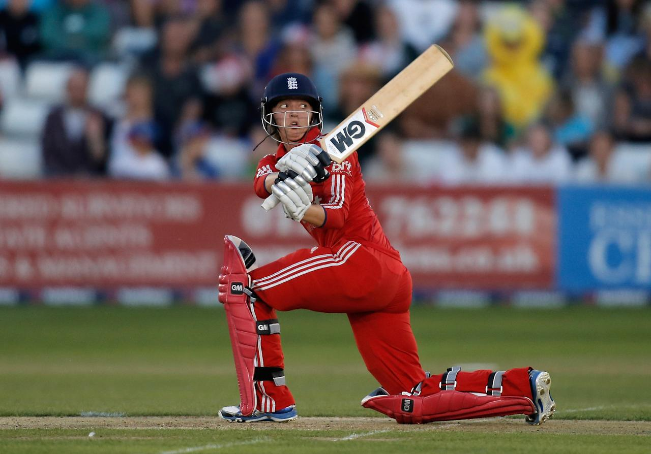 CHELMSFORD, ENGLAND - AUGUST 27:  Sarah Taylor of England hits out during the first NatWest T20 match between England and Australia at the Ford County Ground on August 27, 2013 in Chelmsford, England.  (Photo by Harry Engels/Getty Images)