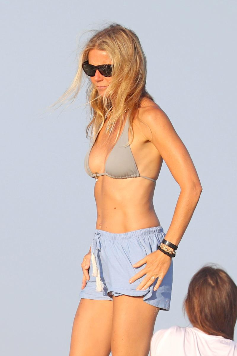 Of Course Gwyneth Paltrow's Abs Are Unreal