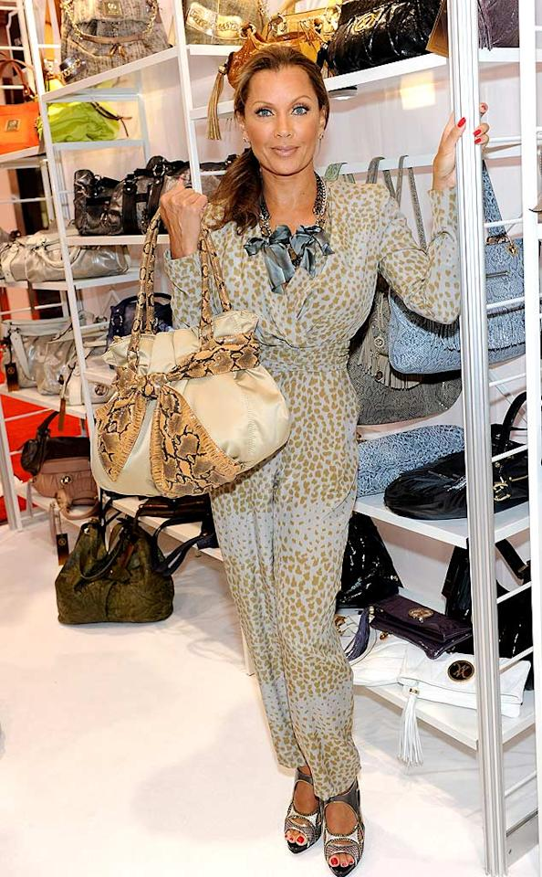"Vanessa Williams is a class act, and we typically adore each and every one of her outfits, but -- like Pam Anderson -- she has an unfortunate fondness for jumpsuits. During the launch of her first handbag collection, Wisteria Lane's newest resident failed miserably in this ghastly getup. Ethan Miller/<a href=""http://www.gettyimages.com/"" target=""new"">GettyImages.com</a> - August 18, 2010"