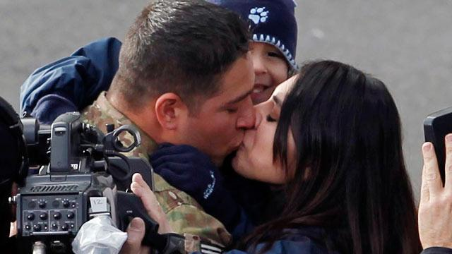 Soldier Surprises Wife at Rose Parade