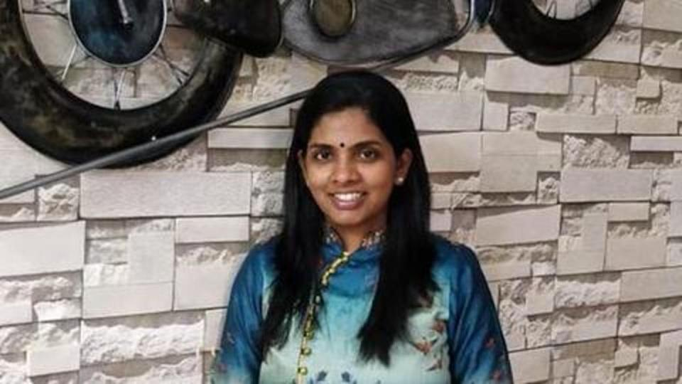 This Chennai woman earns millions by selling sarees on WhatsApp
