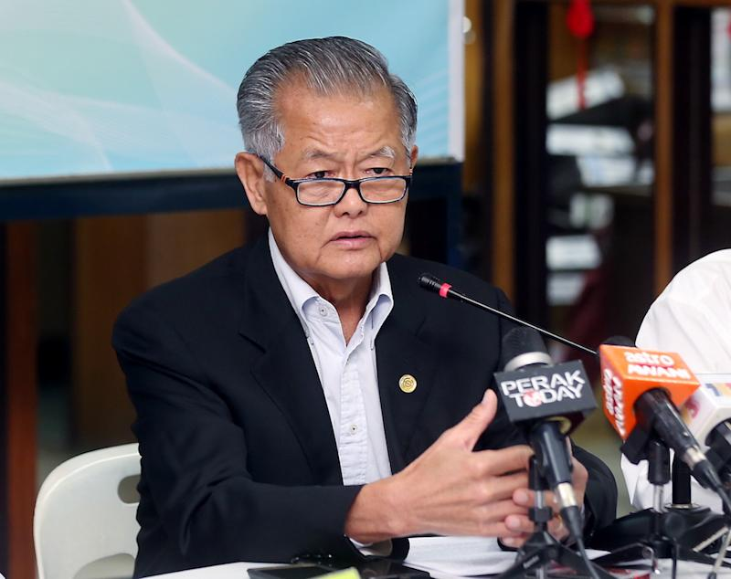 PCCCI president Datuk Liew Sew Yee addresses a press conference in Ipoh March 25, 2019. — Picture by Farhan Najib