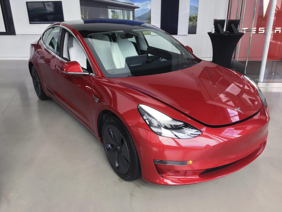FEBRUARY 8, 2021: Tesla and CEO Elon Musk purchase $ 1.5 billion worth of Bitcoin cryptocurrency under an investment policy and will accept digital currency as a customer payment method for Tesla vehicles and products.  - File photo by: zz / STRF / STAR MAX / IPx 2020 8/14/20 The Tesla car dealership in downtown Manhattan, New York City.  (NEW YORK)