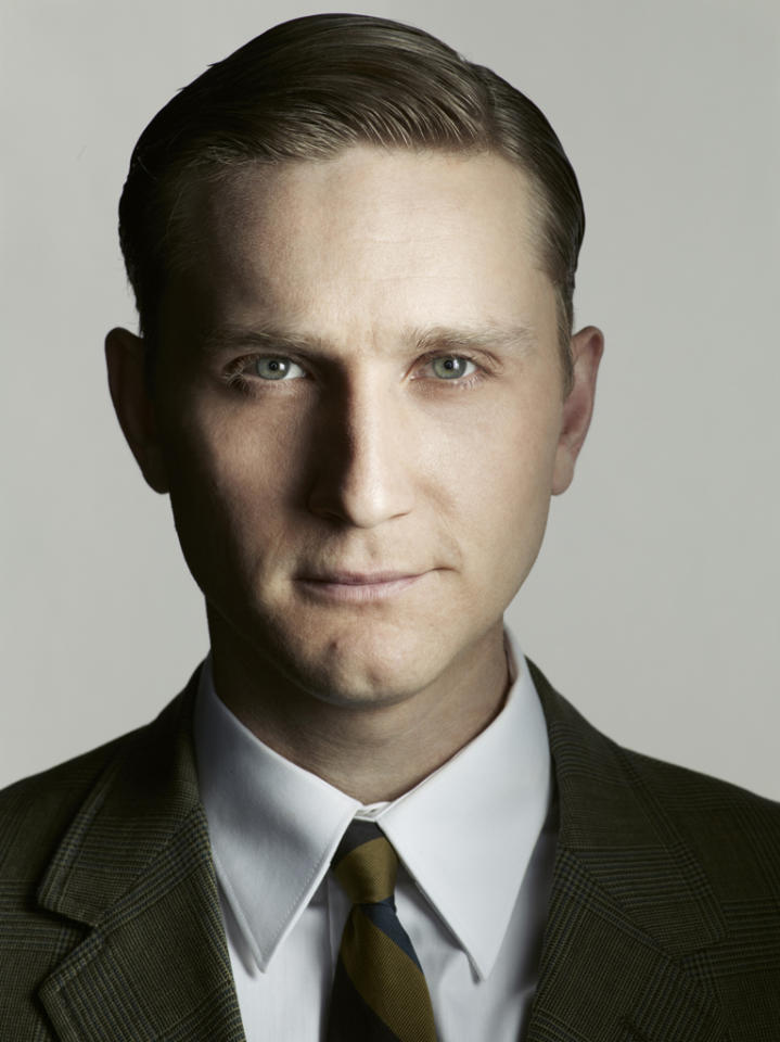 "Aaron Stanton stars as Ken Cosgrove in ""<a target=""_blank"" href=""http://tv.yahoo.com/mad-men/show/39828"">Mad Men</a>."""