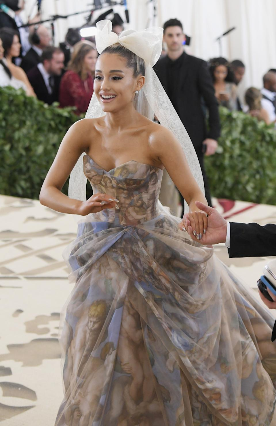 """<h1 class=""""title"""">Ariana Grande in Vera Wang and Butani jewelry</h1><cite class=""""credit"""">Photo: Getty Images</cite>"""