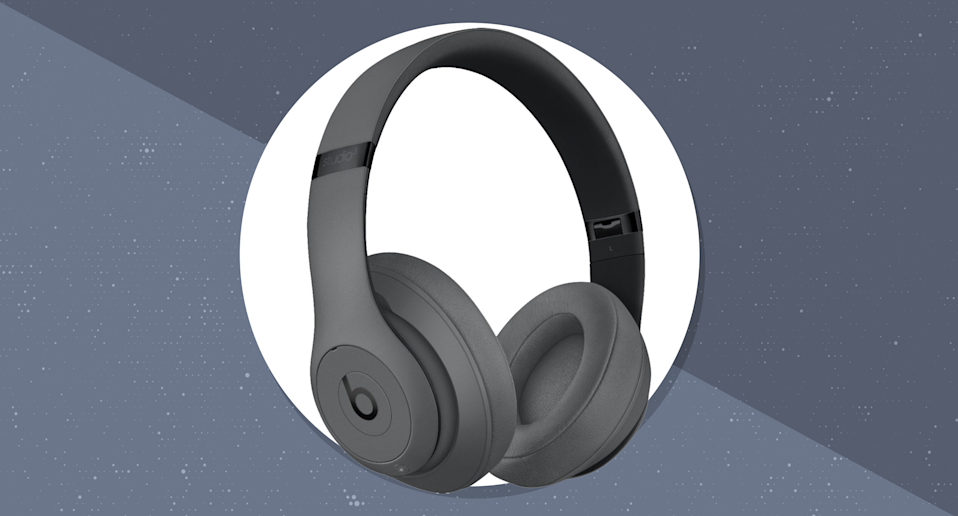 Get Beats for less—save $150 on this stylish pair. (Photo: Beats)