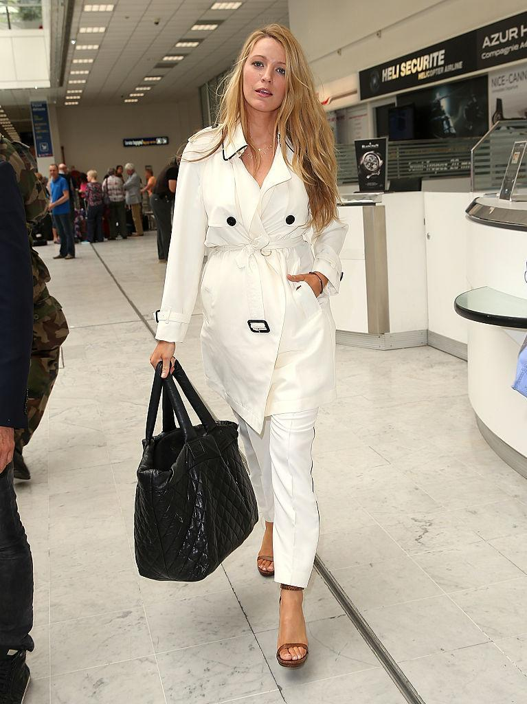 <p>The ultimate airport chic – Blake arrives at Nice airport during the annual 69th Cannes Film Festival dressed all in white.<br><i>[Photo: Getty]</i> </p>