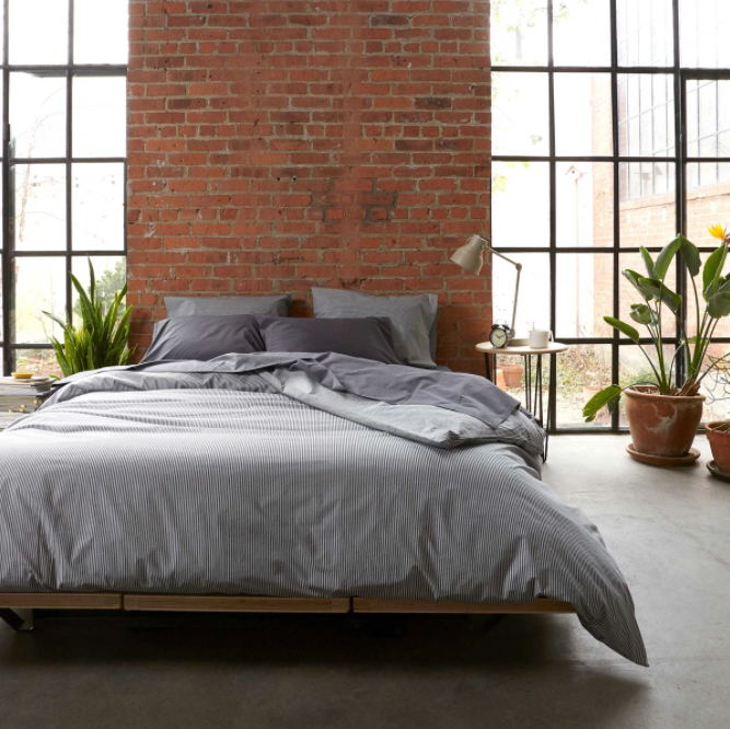 """<p><strong>Brooklinen</strong></p><p>brooklinen.com</p><p><strong>$169.00</strong></p><p><a href=""""https://go.redirectingat.com?id=74968X1596630&url=https%3A%2F%2Fwww.brooklinen.com%2Fproducts%2Fluxe-duvet-cover&sref=https%3A%2F%2Fwww.elledecor.com%2Fshopping%2Fg36282516%2Fbest-duvet-covers%2F"""" rel=""""nofollow noopener"""" target=""""_blank"""" data-ylk=""""slk:Shop Now"""" class=""""link rapid-noclick-resp"""">Shop Now</a></p><p>As one of the internet's favorite bedding brands, this direct-to-consumer company is known for creating high-quality sheets at a fair, affordable price. While <a href=""""https://go.redirectingat.com?id=74968X1596630&url=https%3A%2F%2Fwww.brooklinen.com%2F&sref=https%3A%2F%2Fwww.elledecor.com%2Fshopping%2Fg36282516%2Fbest-duvet-covers%2F"""" rel=""""nofollow noopener"""" target=""""_blank"""" data-ylk=""""slk:Brooklinen"""" class=""""link rapid-noclick-resp"""">Brooklinen</a> has a bevy of fabrics to choose from—percale, linen, and heathered cashmere to name a few—its sateen option is a consistent bestseller. Not only does it have a buttery soft feel, but its subtle sheen will also take your beauty sleep to the next level. And with several colors and patterns to choose from, you'll find something to match your style. </p>"""