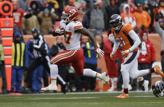Kansas City Chiefs rookie running back Kareem Hunt led the NFL in rushing yards. (AP)