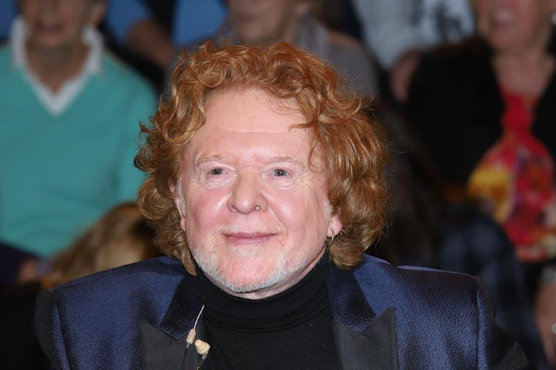 HAMBURG, GERMANY - NOVEMBER 21: British musician Mick Hucknall during the 'Markus Lanz' TV show on November 21, 2018 in Hamburg, Germany. (Photo by Tristar Media/Getty Images)