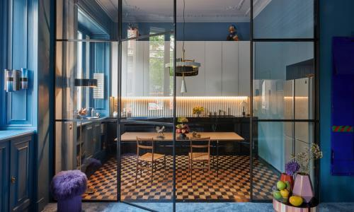 Rhapsody in blue: a Milanese apartment