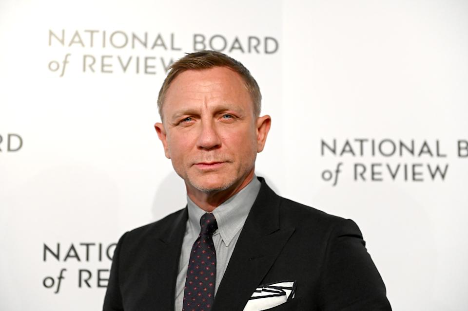 NEW YORK, NEW YORK - JANUARY 08: (L-R) Actor Daniel Craig  attends the 2020 National Board Of Review Gala on January 08, 2020 in New York City. (Photo by Mike Coppola/FilmMagic)