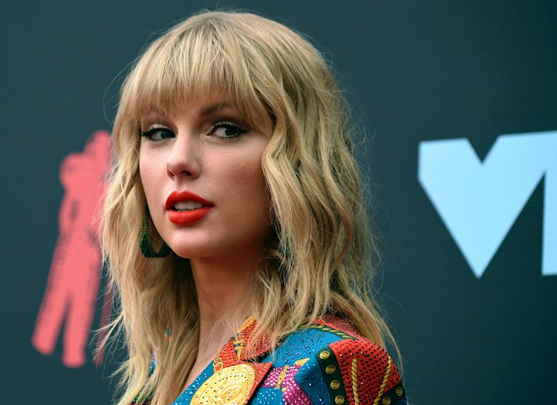 Taylor Swift's fans upset by Grammy album of the year snub: 'It hurts my heart'