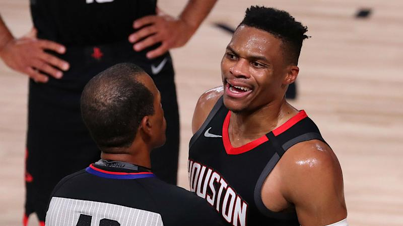 Rajon Rondo's brother ejected from Game 5 of Rockets-Lakers after verbal altercation with Russell Westbrook